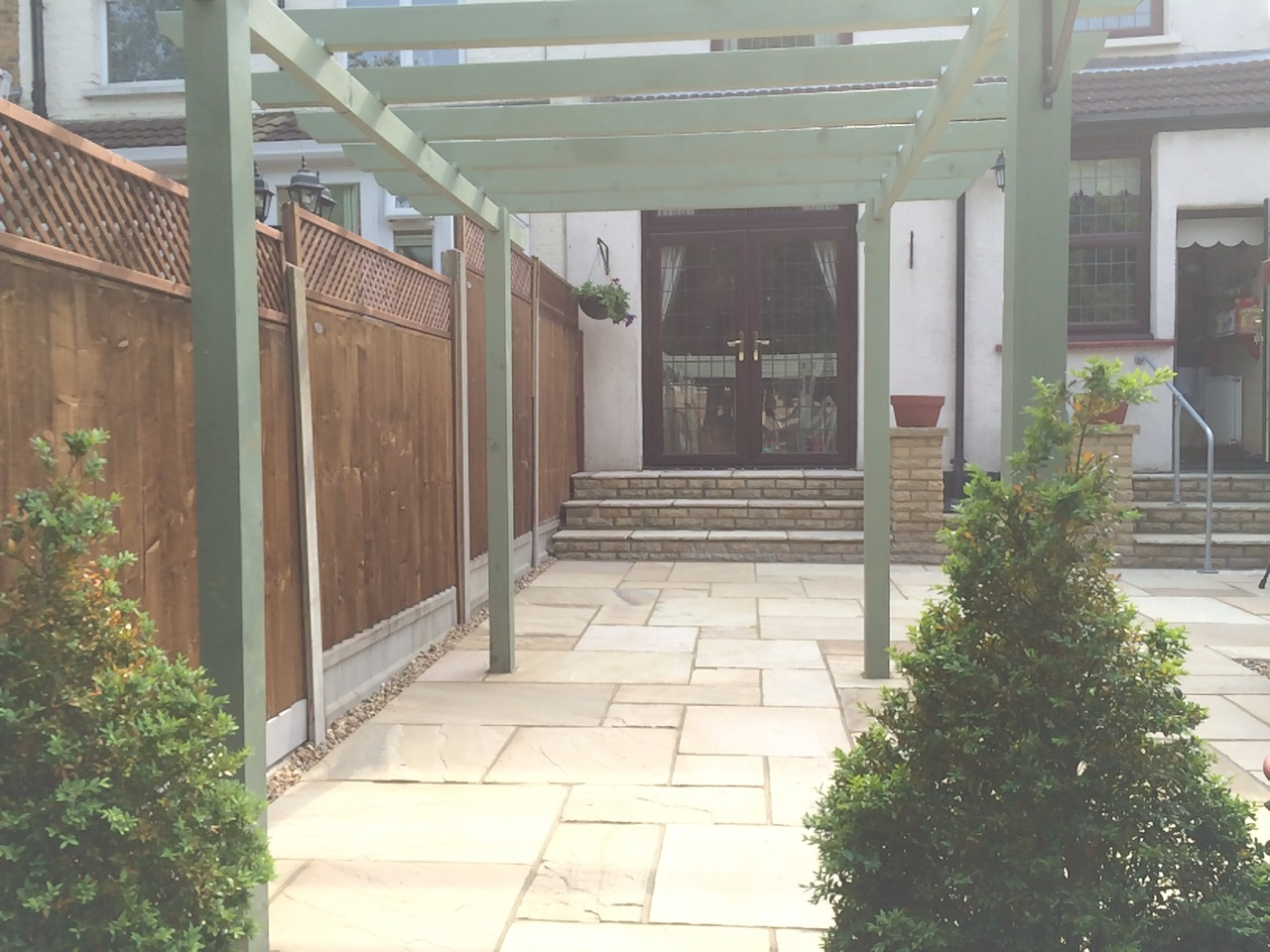 Landscape Garden Leigh On Sea : Mr mrs ross garden sos gardens landscape gardening